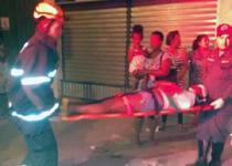 bombeiros atendem 16 pessoas em acidente com ônibus em Juiz de Fora