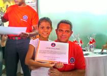 Bombeiros entregam certificados dos projetos sociais