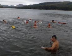 ABM – Cadetes realizam travessia a nado na Lagoa dos Ingleses