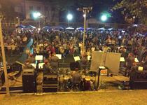 Bios faz apresentação em homenagem aos pais no bairro caiçara em Belo Horizonte